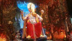 Lalbaugcha Raja 2018: भक्तों के सामने आए बप्पा, दर्शन करने के लिए लगी भक्तों की कतार