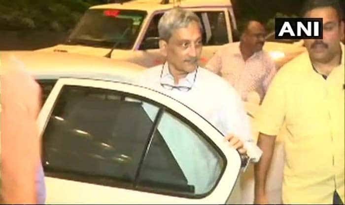 Manohar Parrikar Returns to Goa After Being Discharged From AIIMS Delhi; Treatment to Continue at His Residence