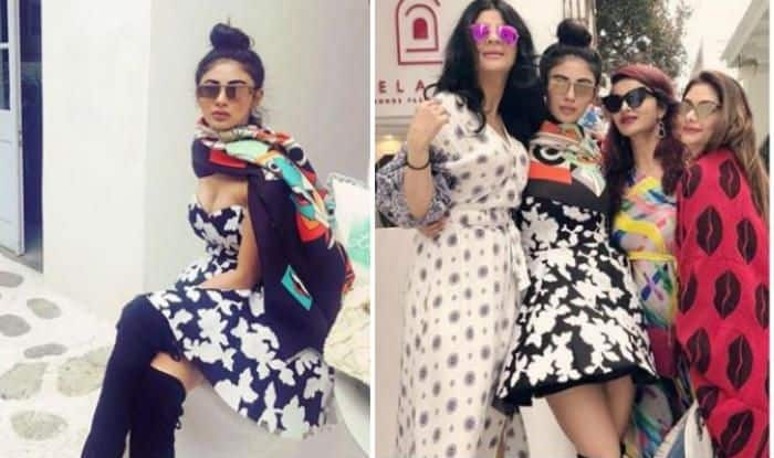 Naagin Hottie Mouni Roy Looks Sexy as She Poses With Her Girl Gang in Blue And White Dress During Greece Vacay – See Pictures