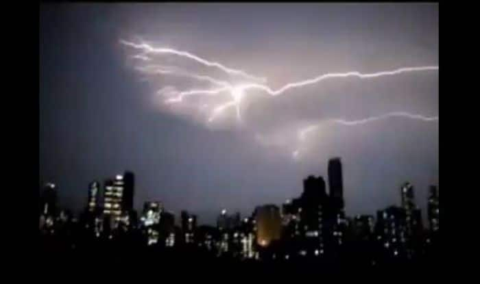 Heavy to Very Heavy Rainfall in Forecast For Mumbai, Thane And Pune; Orange Alert Issued