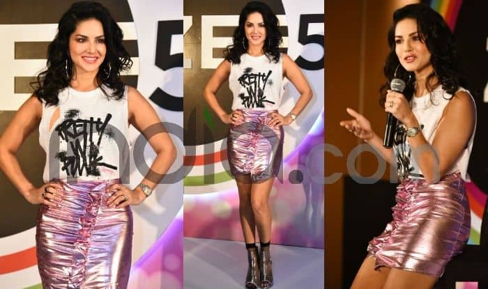 Sunny Leone Wears a Short Pencil Skirt, Makes an Otherwise Boring Look Hot; See Latest Pics