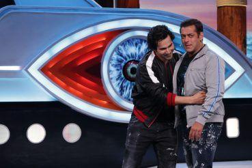 Varun Dhwana Hugs Salman Khan on the BB 12 Stage