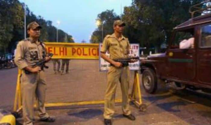 Delhi Man Poses as IPS Officer, Dupes Woman of Rs 1 Lakh, Held