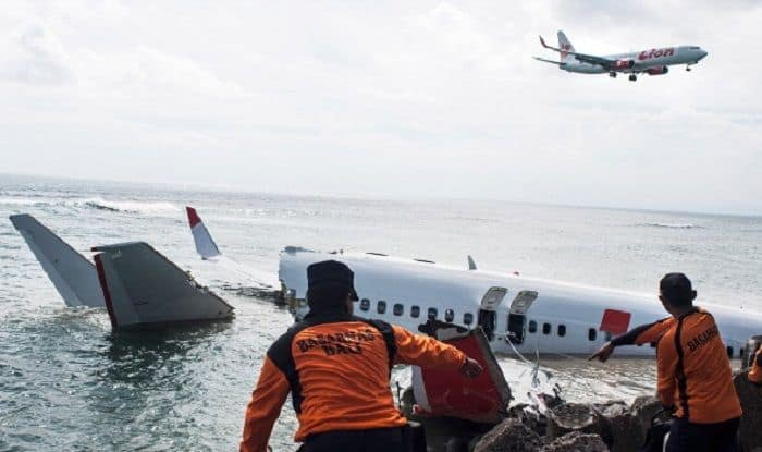 Indonesia Passenger Plane Flight Jt610 Carrying 188 People Crashes 13 Minutes After Take Off India Com