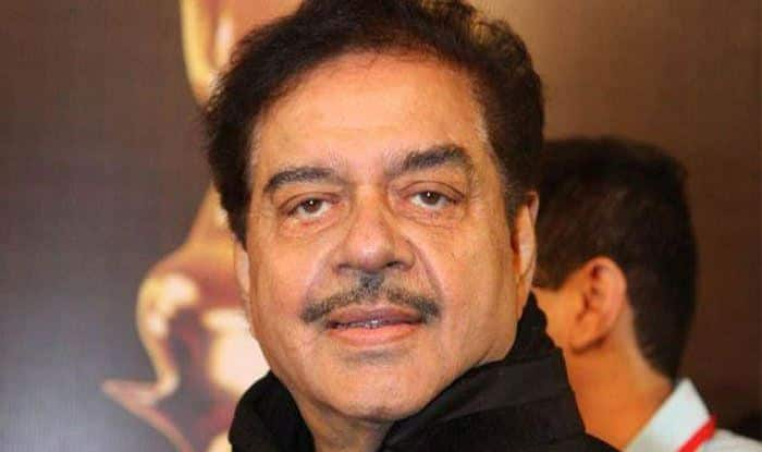 Mamata Banerjee 'Great Tigress', Postcard War Must Stop: Shatrughan Sinha
