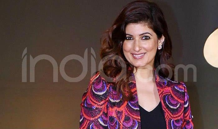 Twinkle Khanna Wants THIS Picture to be 'Propped up' at Her 'Prayer Meeting' And Fans Can't Stop Laughing!