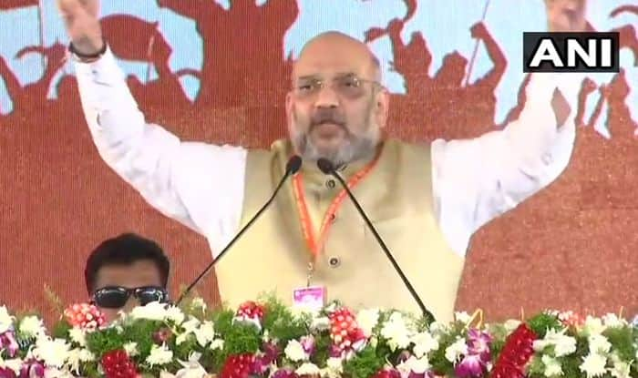 Madhya Pradesh Assembly Election 2018: Amit Shah Falls While Alighting Vehicle After Roadshow, Escapes Unhurt