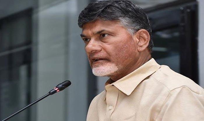 Jaganmohan Reddy Stabbed in Arm at Vizag Airport; Andhra Pradesh CM Chandrababu Naidu Says 'Modi Government Behind All This Drama'