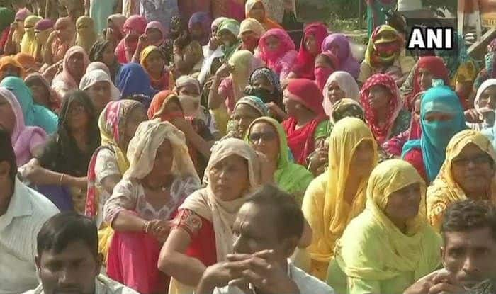 Delhi: EDMC Workers Protest at Kashmere Gate For Regular Salaries; State Govt Tells SC it Would Release Rs 500 Crore to 'Tide Over Crisis'