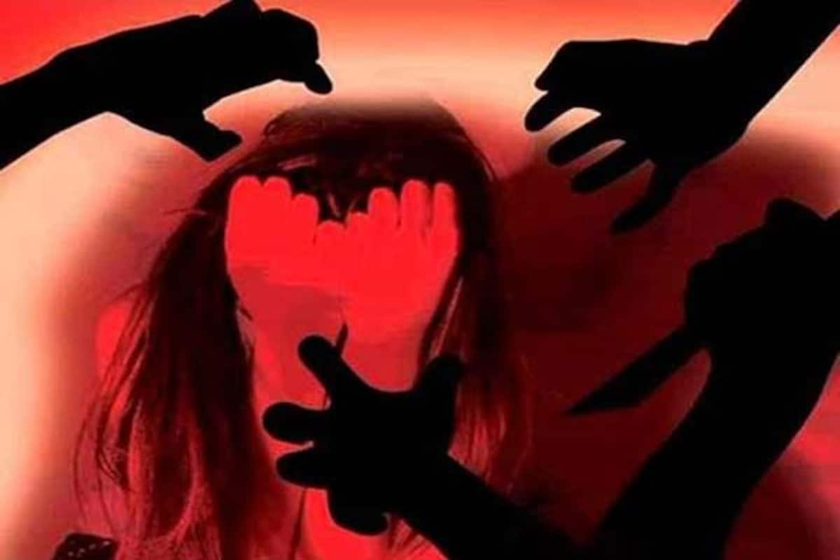 Delhi: Lured by Offer of Pizza Class 10 Girl Gang-raped, All Four Arrested | India.com