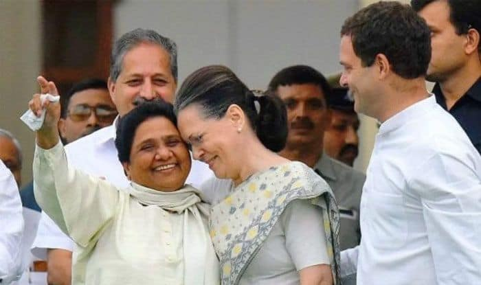 Mayawati Dumps Congress For MP, Rajasthan Polls; BSP Chief Reposing Faith in Rahul, Sonia Leaves Party in Hopes of Truce