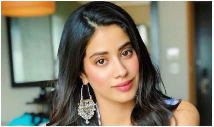 Janhvi Kapoor-Rajkummar Rao Starrer RoohiAfza Goes on Floor, Actress Posts THIS Ahead of Horror-Comedy Shoot
