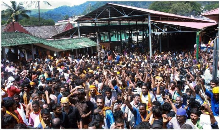 Sabarimala Temple Turns Into Fortress as 50 Women of 'Banned' Age Group Set to Visit Lord Ayyappa Shrine