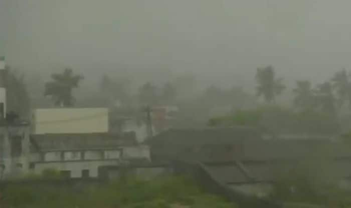 Cyclone Titli: Death Toll in Odisha Mounts to Three, Train Services Affected Due to Floods; Very Heavy Rains to Continue