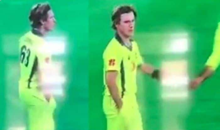 Australia vs South Africa 3rd ODI: Was Adam Zampa Caught Ball-Tampering. Here's The Real Truth — WATCH