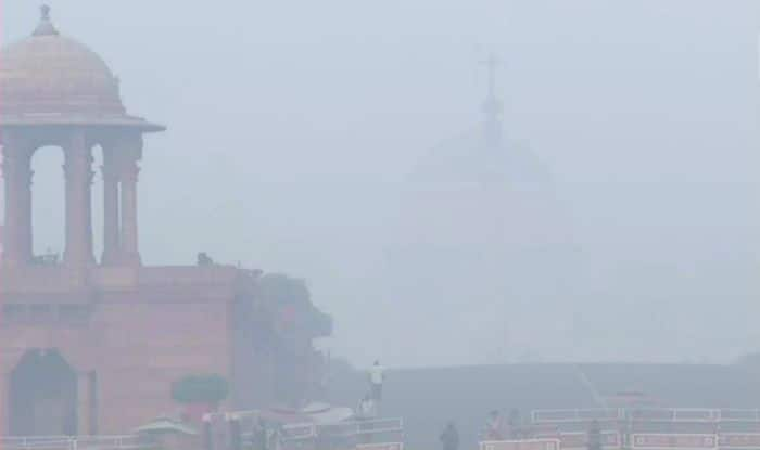 Delhi's Air Quality Remains in 'Hazardous' Category; Overall AQI Recorded at 426