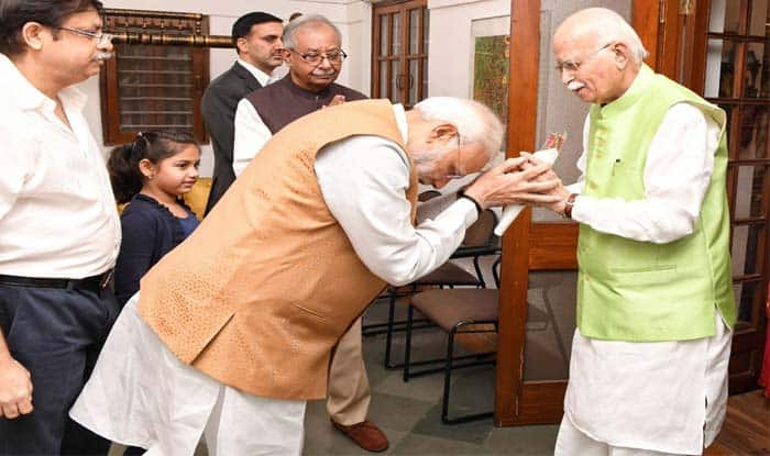 Lok Sabha Elections 2019: No Age Bar For BJP Candidates; LK Advani, Murli Manohar Joshi And Other Veterans Likely to Contest