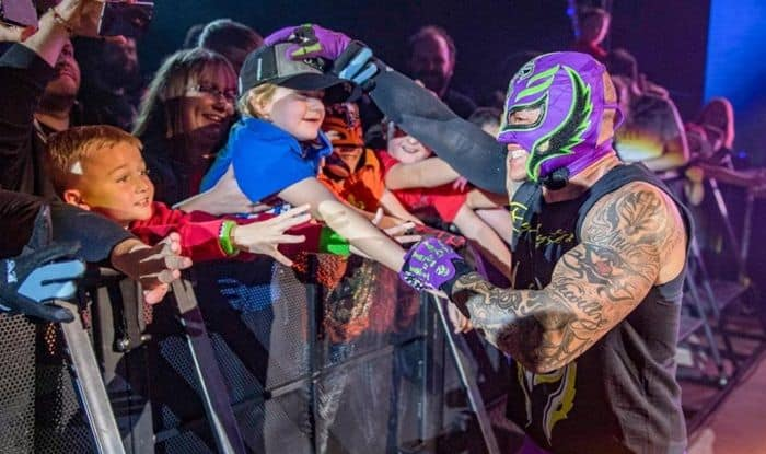 WWE Live Event Tour: Wrestlers Battle it Out in Madrid, Barcelona And Cardiff After Crown Jewels – Pictures