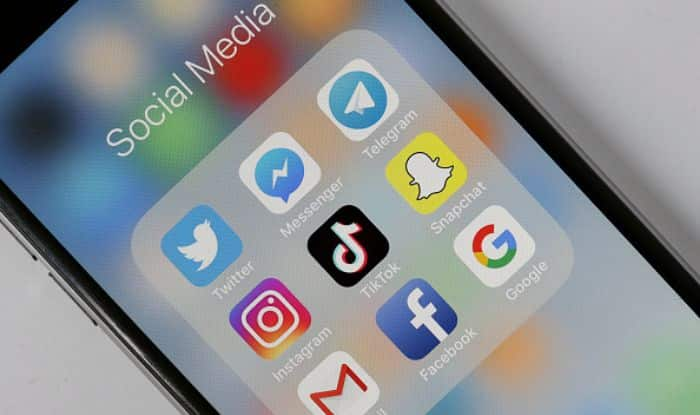 Beware! Excessive Use of Social Media Could Lead to Depression And Loneliness, Warn Researchers