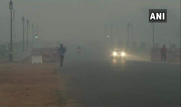 Days After Dussehra, Delhi Air Quality Dips to 'Poor' Zone
