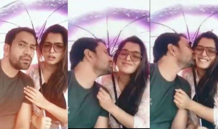 Bhojpuri Superstar Dinesh Lal Yadav Aka Nirahua Kisses Amrapali Dubey in The Viral Video, Watch