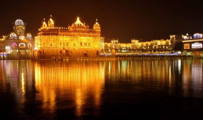 Guru Nanak Jayanti 2018 Celebration in India: Here's How Gurpurab is Celebrated