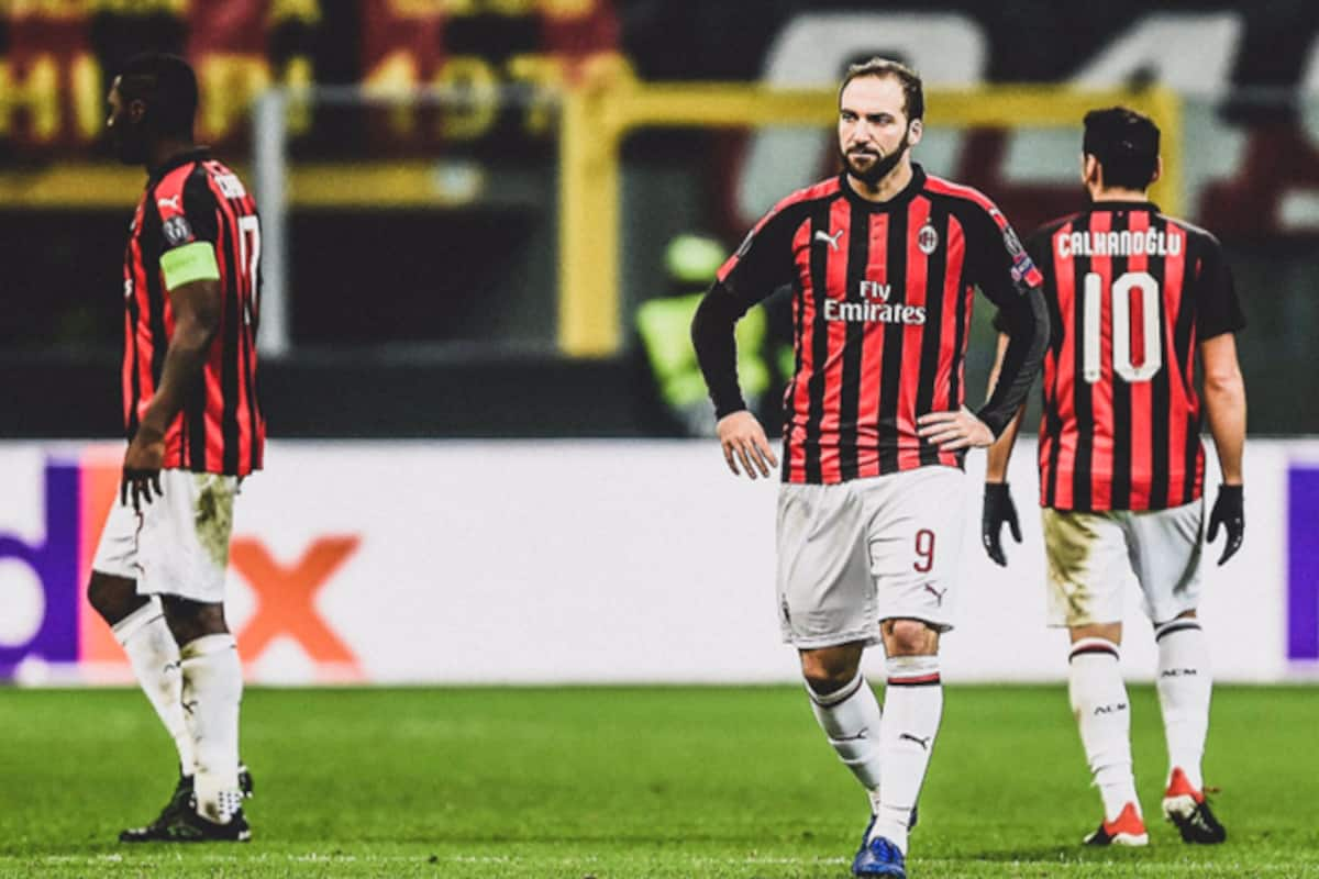 Uefa Europa League 2018 19 Ac Milan Crash Out Of Europa League Lose To Olympiacos With 1 3 India Com