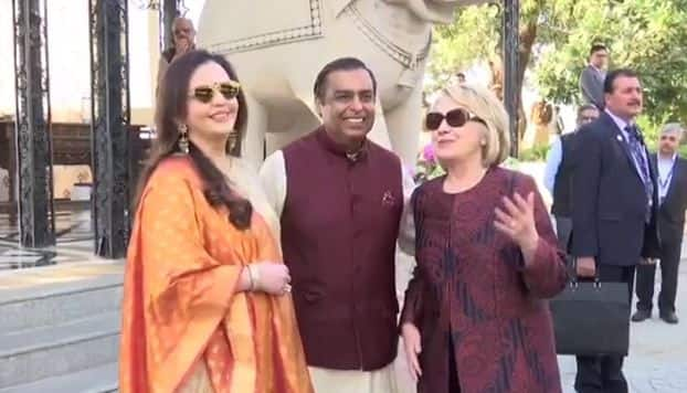 Isha Ambani-Anand Piramal Wedding: First Video From Venue Features The Ambanis Greeting Hillary Clinton