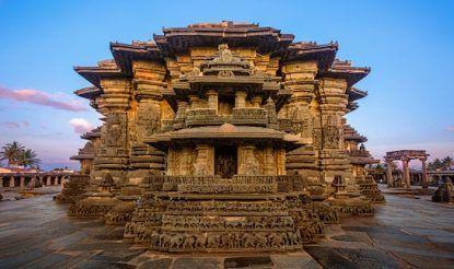 Visit Chennakeshava Temple, A 900-Year-Old Wonderin Belur