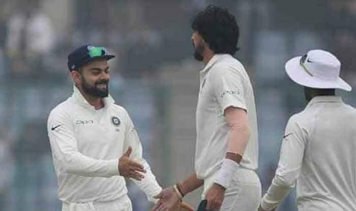 India vs Australia 1st Test: Virat Kohli Cracks Joke at Ishant Sharma During Photoshoot   WATCH