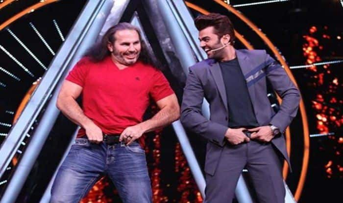 Matt Hardy at Indian Idol 10_Picture credits_Twitter