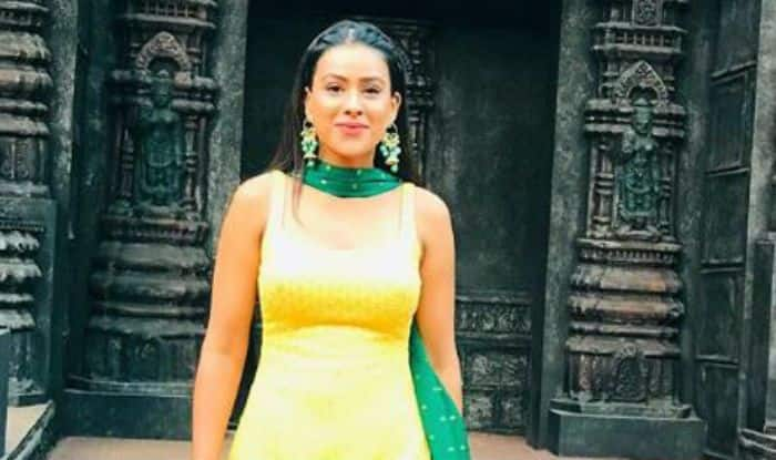 Second Sexiest Asian Woman Nia Sharma Looks Super Hot in Bright Yellow And Green Ethnic Wear – See Pictures