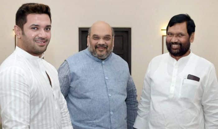 Amit Shah Comes to BJP's Rescue as Ram Vilas Paswan's Restive LJP Flexes Muscles Over Seat Share