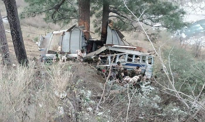Jammu And Kashmir: 1 ITBP Personnel Dead, 24 Injured After Bus Falls Into Deep Gorge in Ramban