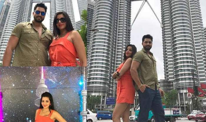 Bhojpuri Bomb And Nazar Fame Monalisa Looks Hot as She Poses in Short Orange Dress With Husband Vikrant Singh in Malaysia, See Pic