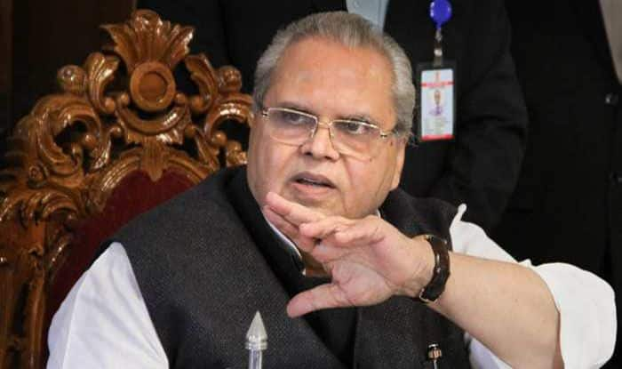 J&K Governor Satya Pal Malik Attacks Mehbooba Mufti For 'Favouring' Militants, Call it a 'Political Compulsion'
