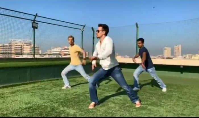 Tiger Shroff's Sexy Dance Moves on Dilbar Song Will Make You Forget Nora Fatehi, Watch