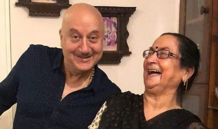 Anupam Kher with his mother