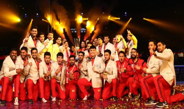Bengaluru Bulls vs Patna Pirates Live Score and Updates, Pro Kabaddi League 2019 Live at Gachibowli Indoor Stadium. Also Check Bengaluru Bulls vs Patna Pirates live match score, live streaming of BLR vs PAT, BLR vs PAT Points, BLR vs PAT Playing 7, time in IST and When & where to watch BLR vs PAT on TV and online in India.