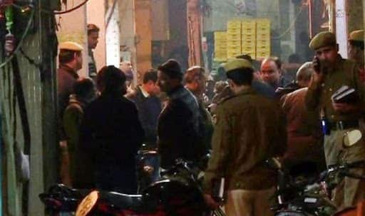Delhi: Neighbour Stabs Woman to Death Over Petty Issue, Husband And Son Critically Injured