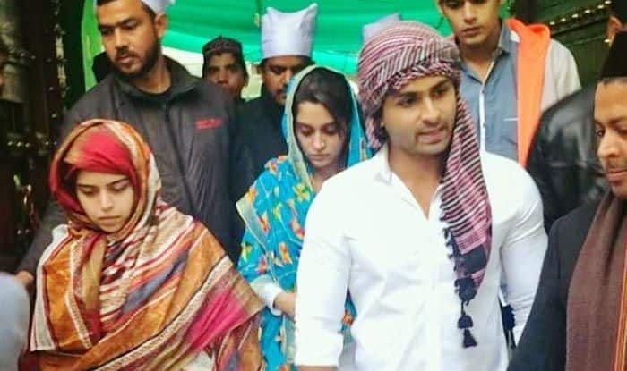 Dipika Kakar at Ajmer Sharif Dargah