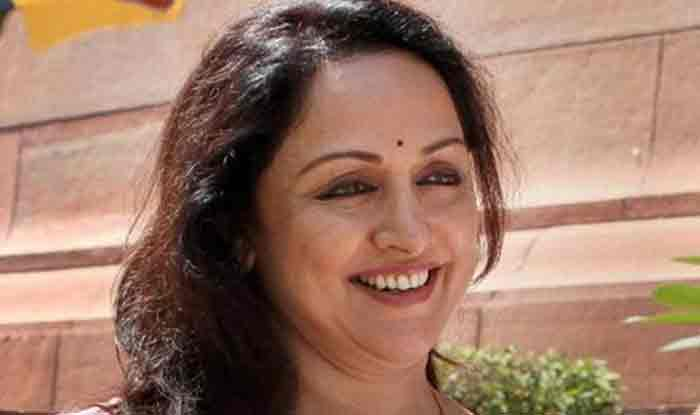 Haryana Assembly Election 2019: 'Don't Even Think of Supporting Any Other Party,' Hema Malini Says in Hodal | Watch