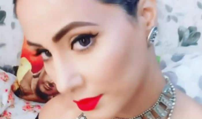 Television Hotness Hina Khan Looks Hot And Sexy as She Flaunts Her Flawless Beauty in Black Top And Bold Lips in Latest Video