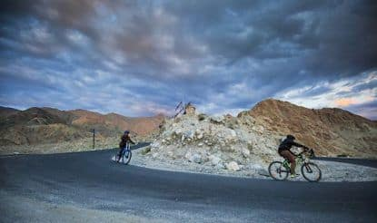 Give Private Taxi a Miss, Take a Deluxe Bus From Manali to Leh Instead