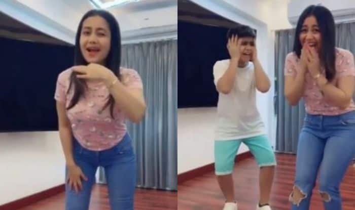Neha Kakkar Creates TikTok Video on Her Own Song Aankh Maarey And it is Hilarious AF