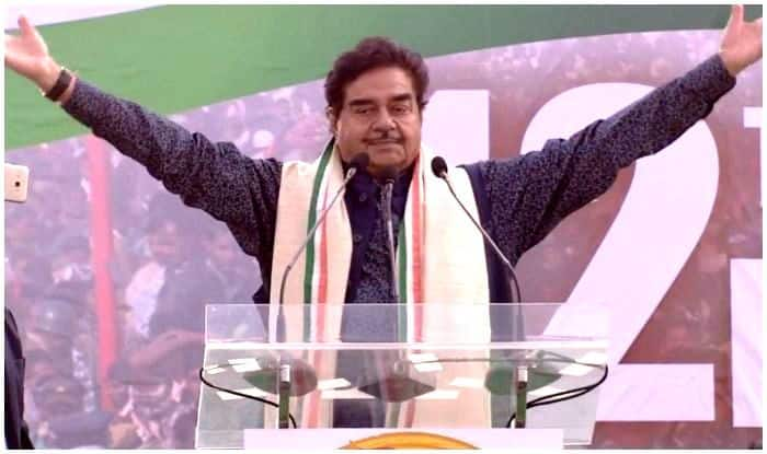 BJP to Take Cognisance of 'Opportunist' Shatrughan Sinha's Presence at Mega Opposition Rally; MP Says 'Not Afraid of Being Removed From Party'