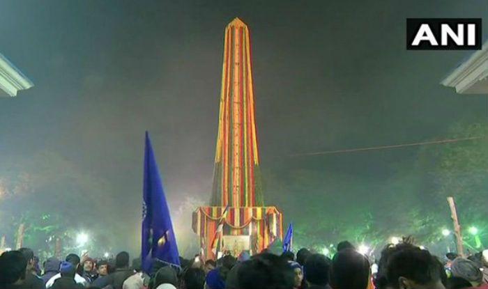 Bhima Koregaon Anniversary: Crowds Gather at 'Vijay Stambh'; Bhim Army Chief Chandrashekhar Azad to Visit Memorial Today