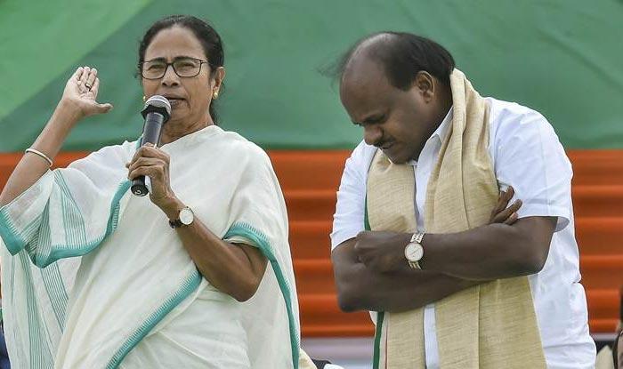 Karnataka CM Kumaraswamy Backs Mamata Banerjee as PM Face of Opposition's Grand Alliance, Says She is 'Simplest of the Simple'