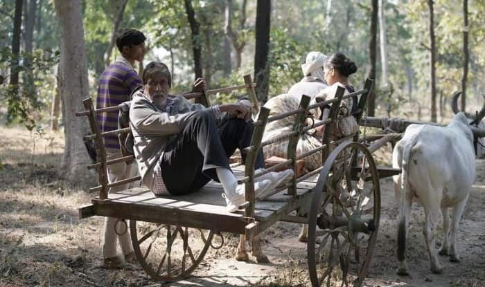Amitabh Bachchan Immerses in Rustic Feels While Shooting For His Upcoming Movie, See Pics