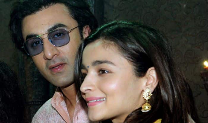 Ranbir Kapoor-Alia Bhatt to Not Get Married But Engaged This Year on Neetu Kapoor's Request?